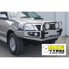 Dobinsons Bull Bar Stainless Loop Deluxe Toyota Hilux up to 7/2015