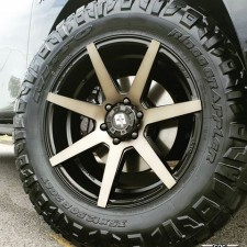 Diesel Avalanche Tint 17X8.5 6X139 +25